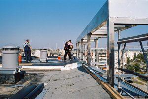 Würfelhäuser  |  Schwedt/O.  |  Dachaufbauten 2006